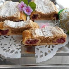 Bögrés gyümölcsös kocka French Toast, Baking, Breakfast, Sweet, Food, Morning Coffee, Candy, Bakken, Essen