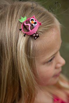 Owl ribbon sculpture hair clip