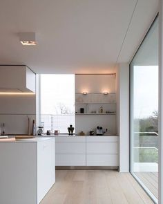 Happy Monday everyone! We're dreaming of having a minimal white kitchen like this  . #Image via #pinterest #kitchen #kitchendecor #nordichome #nordicinspiration