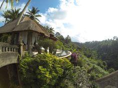 Viceroy Bali <3 #bali #viceroybali #infinitypool #indonesia #luxurytravel #luxuryhotel #hotel Ubud, Bali, Hotels, Luxury Travel, House Styles, Indonesia, Destinations, Traveling