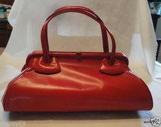 50'S 60'S RED VINYL KELLY STYLE HAND BAG
