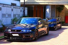 tasty R33 GTR vspec in midnight purple