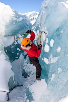 Glacier hiking & ice climbing day tour on Solheimajokull from Reykjavik