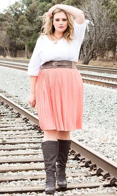 Life Styled Look 70: Free Spirit #swakdesigns #PlusSize #Curvy