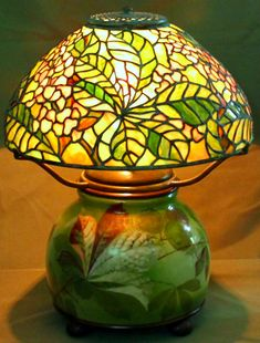 Green dragon fly stained glass tiffany style lamp