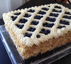 Home Bakery, Summer Cakes, Takana, Eat Dessert First, Sweet And Salty, Cream Cake, Wedding Cakes, Goodies, Food And Drink