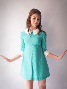 1960's Reproduction Mod Dress Turquoise and por VioletHouseClothing