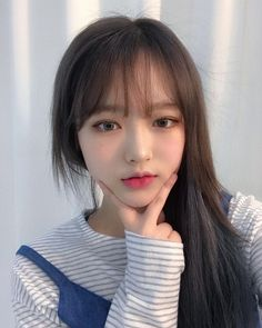 Find images and videos about korean, asian and ulzzang on We Heart It - the app to get lost in what you love. Ulzzang Korean Girl, Cute Korean Girl, Asian Girl, Cute Girl Image, Girls Image, Korean Beauty, Asian Beauty, Choi Seo Hee, Cute Girls