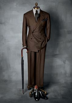 There exists no higher expression of the tailor's art than the Paul Stuart Custom Clothing Program