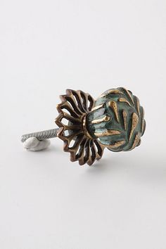 Side Knobs And Pulls, New Woman, Cufflinks, Clothes For Women, Unique, Accessories, Fashion, Outerwear Women, Moda