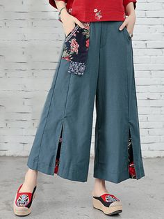 Folk Style Floral Print Patchwork Splited High Waist Women Pants, Source by chic outfits casual Casual Summer Outfits, Summer Dresses For Women, Chic Outfits, Casual Dresses, Fashion Pants, Fashion Outfits, Fashion Trends, Style Floral, A Line Kurta
