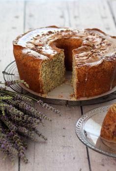 Tastes like Spring ~ Lemon Poppy Seed Pound Cake with lemon-lavender glaze. Cake has a cup of mascarpone. Lemon Recipes, Sweet Recipes, Baking Recipes, Cake Recipes, Dessert Recipes, Slow Cooker Desserts, Cake Mug, Coffee Cake, Gourmet