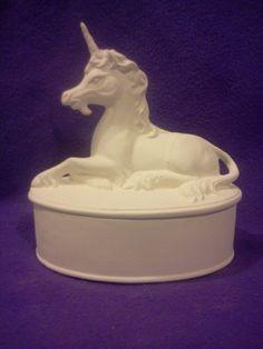 """Box-bereit zu malen, 7 """"x 6"""" Keramik Bisque, Gare-Unicorn glasiert innen"""