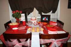 December birthday party. Red and White!