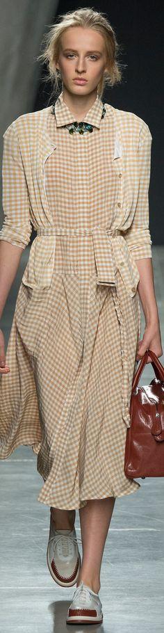 Bottega Veneta Collection Spring 2015