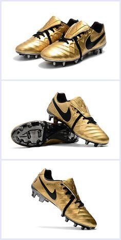 new product e0a21 2baf4 Chaussure Nike Tiempo Totti X Roma FG Cuir Kangourou -Or Matière ergonomique  en Cuir Kangourou pour un confort inégalé. Plaque Hyperstability.