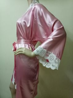 SALE Bridesmaid Robes Pink lace bridesmaid silk robe dressing