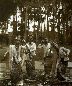 Dancers Mandalay c1880.