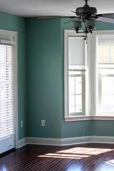 Benjamin Moore Waterfall Blue