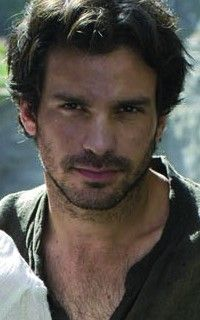 Because apart from Bradley, Colin, and Eoin, Santiago always held a special place in my heart and made Lancelot one of my favorite Knights.