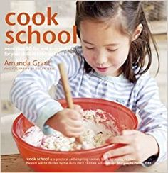 Offers children more than 50 fun recipes aimed at developing their motor skills, cognitive development, self-confidence and independence Kids Meals, Easy Meals, Easy Recipes, Susan Bell, Grants For College, Cookery Books, Parents As Teachers, Too Cool For School, Your Child