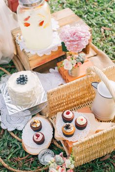 A scrumptious dessert only reception for a vintage inspired wedding picnic. Photo Source: The Wedding Scoop. #vintagewedding #weddingpicnic