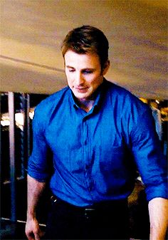 Can you tell that I really don't ever get tired of Steve GIFs?