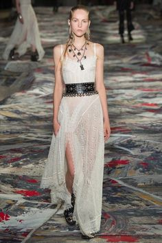 View the complete Alexander McQueen Spring 2017 collection from Paris Fashion Week.