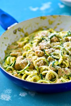 pesto alfredo w/ zucchini noodles