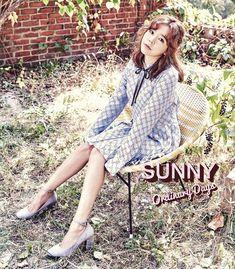 Sunny [2017 SEASON'S GREETINGS] DESK CALENDAR