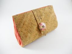 Rigid cork and fabric purse Practical and elegant by mispBag, €30.00