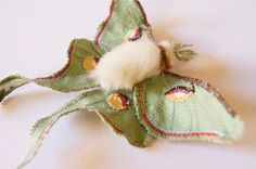 Luna Moth Statement Brooch Soft Sculpture Saturniid Butterfly Natural History Gift for Her Nature Lover Gift Woodland Fashion Fiber Art Butterfly Mask, Fabric Butterfly, Living Room Upholstery, Upholstery Tacks, Upholstery Cleaning, Needle Felted, Felting, Art Textile, Textiles