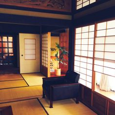 Interior examples such as the whole room / between / bran / shoji / tatami