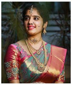 Wedding Saree Blouse Designs, Half Saree Designs, Silk Saree Blouse Designs, Saree Blouse Patterns, Fancy Blouse Designs, Wedding Sarees, Dress Designs, Bridal Sarees South Indian, Indian Bridal Fashion