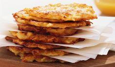 Brambory jsou oproti loňsku levnější, anejen to je dobrý důvod udělat si bramborák. Apple Pie, Nom Nom, French Toast, Food And Drink, Vegan, Cooking, Breakfast, Health, Desserts
