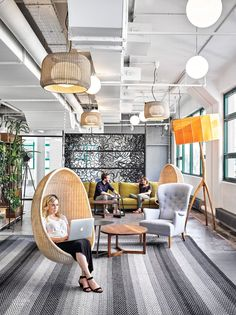 Etsy Headquarters Embrace Laptop Culture and Local Makers – Modern Corporate Office Design Creative Office Space, Office Space Design, Workspace Design, Office Workspace, Office Interior Design, Office Designs, Working Space Design, Cool Office Decor, Office Ideas