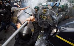 Miles de personas protestan en Italia y Portugal contra las políticas de austeridad/ 19 de octubre de 2013