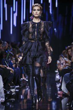 Elie Saab Ready To Wear Fall Winter 2017 Paris