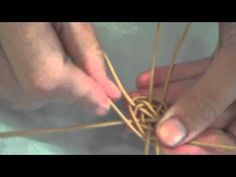 Round Basket Weaving - YouTube
