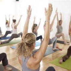 Curso para principiantes en octubre en Gràcia. Un curso pensado para los que se inician en el yoga. Cada sesión se estructura alrededor de un tema base principal a partir del cual se desarrollará la práctica que te ayudará a mejorar tu postura, aumentar tu fuerza, aprender a relajarte, ganar flexibilidad… No te lo pierdas! +iNFO aquí: http://www.yoga-dinamico.com/curso-principiantes-octubre-gracia/