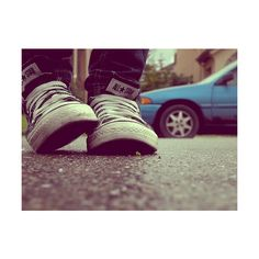 twentythree : July 14, 2009 ❤ liked on Polyvore featuring pictures, backgrounds, photos, shoes and converse