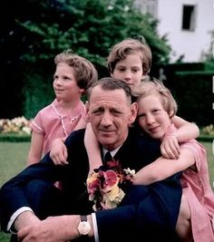 Very sweet picture of King Frederik XIwith his 3 daughters: Anne-Marie (Queen of Greece), Benedikte(Princess of Denmark) and Margrethe (current Queen of Denmark)