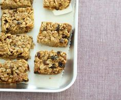This oat slice recipe combines wholesome rolled oats with sweet dried fruit for a feel-good treat. Great for afternoon tea with a hot cup of tea, or as a lunchbox snack for your kids Healthy Oatmeal Cookies, Healthy Cookie Recipes, Oatmeal Cookie Recipes, Oatmeal Raisin Cookies, Chocolate Chip Oatmeal, Baking Recipes, Healthy Snacks, Oat Cookies, Cheesecake Cookies