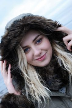 Jack Murphy Outdoor Clothing - Irresistible Irish clothing, inspired by nature that gives the freedom to enjoy the outdoors. Irish Clothing, Tweed Jacket, Outdoor Outfit, Dreadlocks, Hair Styles, Autumn, Beauty, Winter, Fall Season