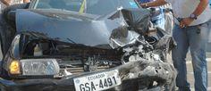 A los 21 años, Galo Japón, quien tomaba un bus de la línea 42 frente al Riocentro Sur, en la ciudad de Guayaquil, sufrió un accidente cuando la llanta delantera del autobús le arrolló el pie izquierdo.