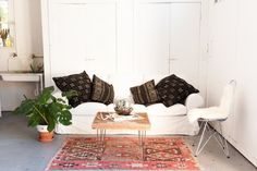 House Tour: A Memphis-Inspired Painting & Design Studio | Apartment Therapy