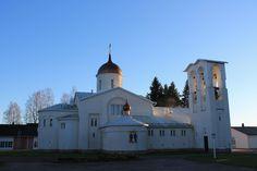Valamon luostari on kauneimmillaan syksyllä  -- Valamo monastery is at it´s most beautiful in autumn