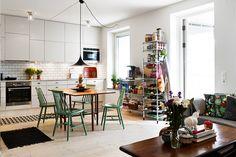 my kind of house Cafe Design, House Design, Interior Architecture, Interior Design, Clutter Organization, Scandinavian Kitchen, Open Kitchen, Interior Inspiration, Home Kitchens