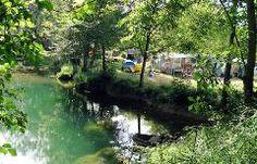 Camping Les Cascades, St Cybranet, Dordogne. Aan de rivier. Tip van B & A, s avonds kampvuur maken bij de tent. Zoover 8.3 en ANWB 2012 een 6.5.