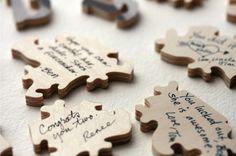 Puzzle en bois que tout le monde écrit un petit mot